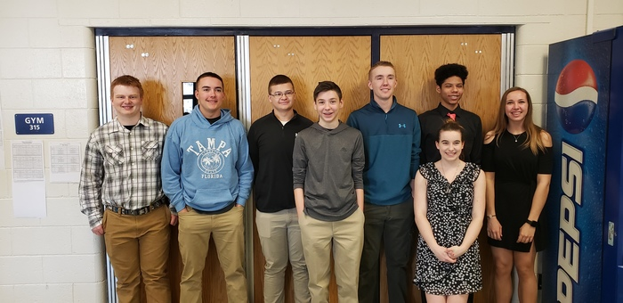 From left to right: Gabe, Colby, Stan, Jacob, Caleb, Sierra, Lamarr & Katelyn. Students not shown: Maddy, Sophie and Mia.
